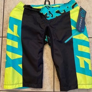 Fox Demo DH mtb leopard print shorts